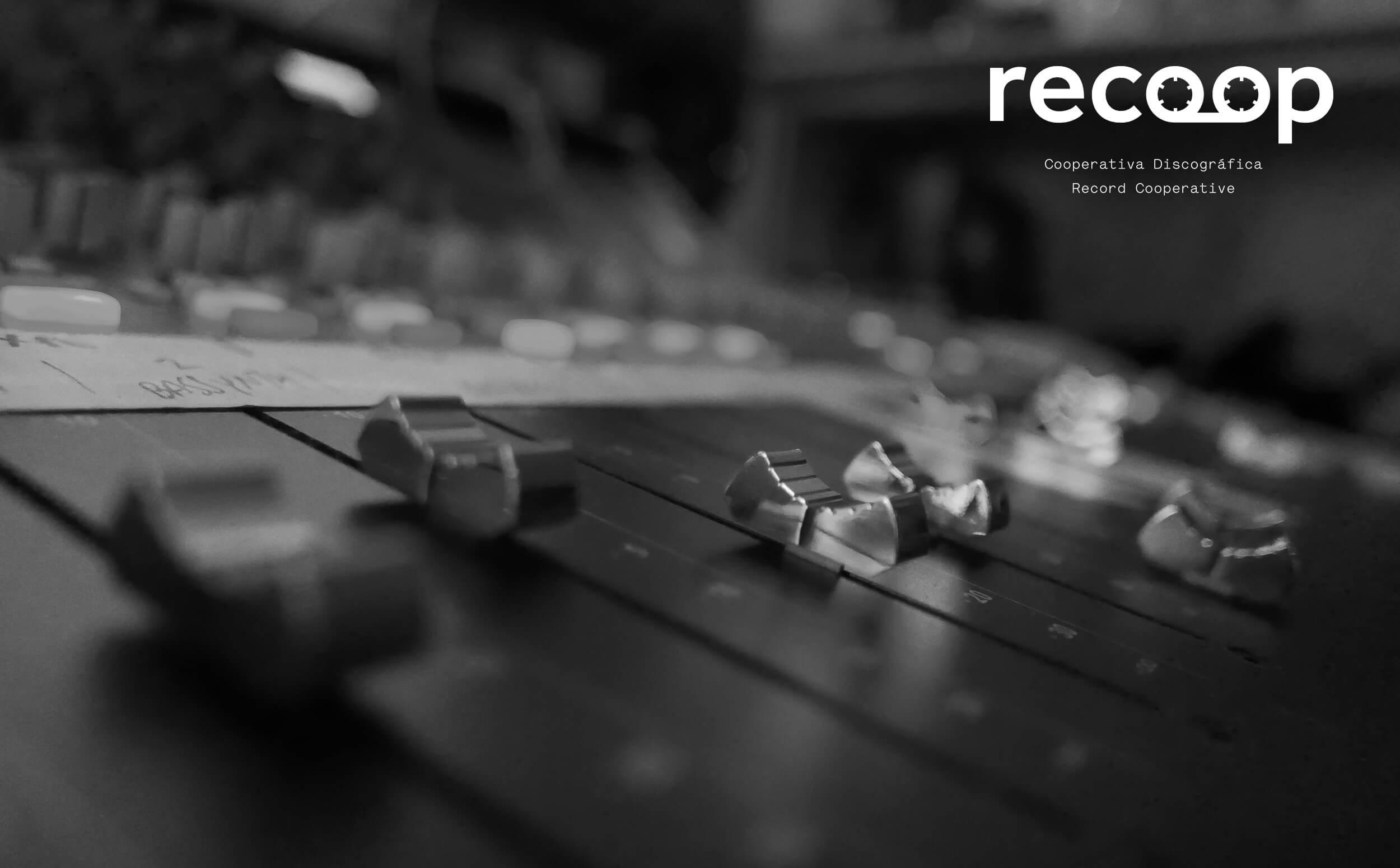 rec-logo3-over